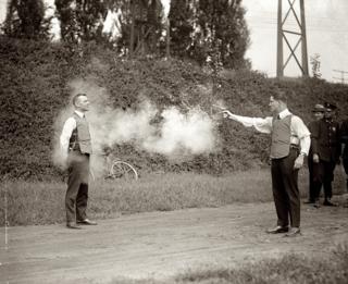 Wikipedia: Testing_bulletproof_vest_1923